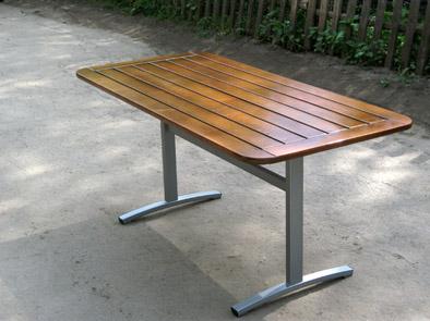 Уличный стол своими руками из металла